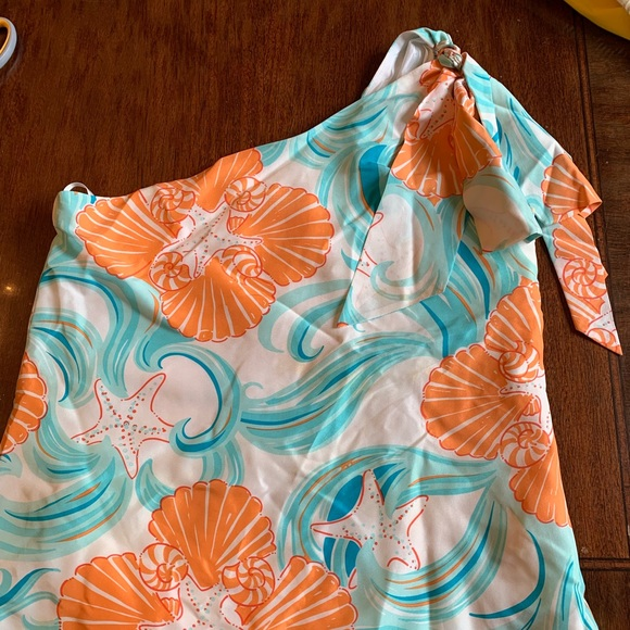 a468bac05f7 Lilly Pulitzer Tops | Silk One Shoulder Top Size 2 | Poshmark